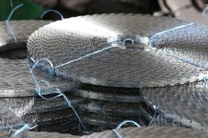 Рулоны ленты колючей Концертина на складе